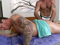 Steamy sexy massage session for horny gay stud