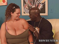 Playful overweight angel seduces pretty boyfrend to bang her very well
