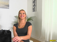 Sinful golden-haired hottie Nikky Dream gets licked and teased