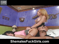 Andreia Oliveira shemale screwing lady on movie scene