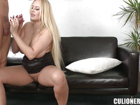 Hot bimbo Angel Wicky with natural tits is having fuck