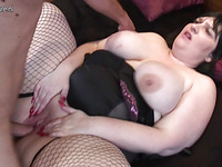 Brunette whore with long nails is sucking off this boner