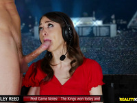 Voluptous lady Riley Reid getting face drilled