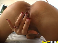 Racy girlfriend Wivien cannot get sufficiently