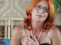 Look at this red haired bitch who is playing with her cunt hole